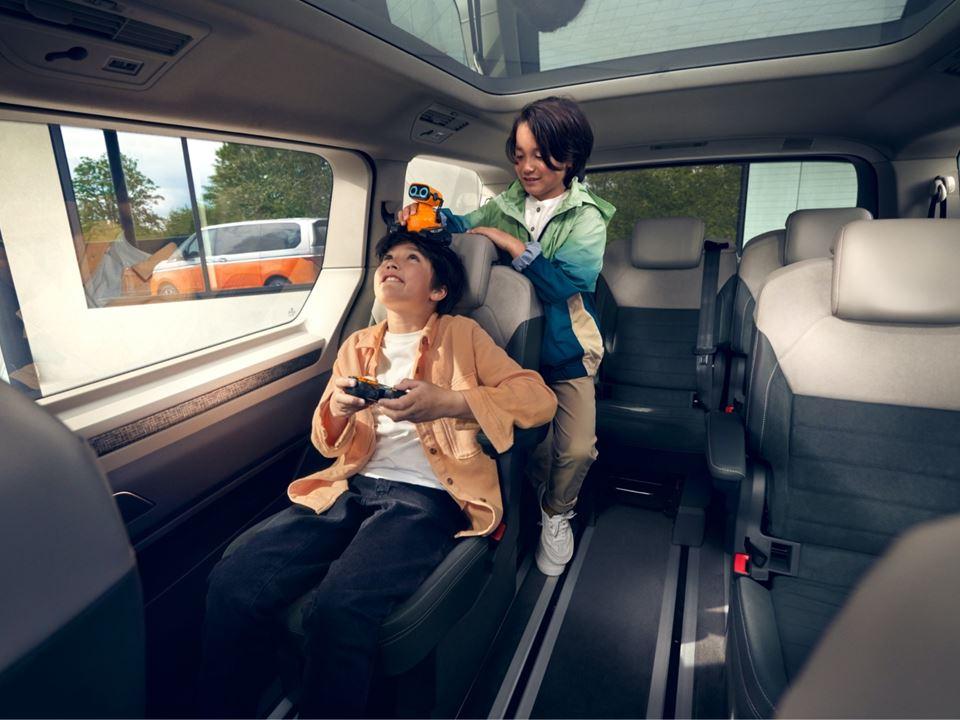Mu002540 Vw Multivan Interior Concept (HD)