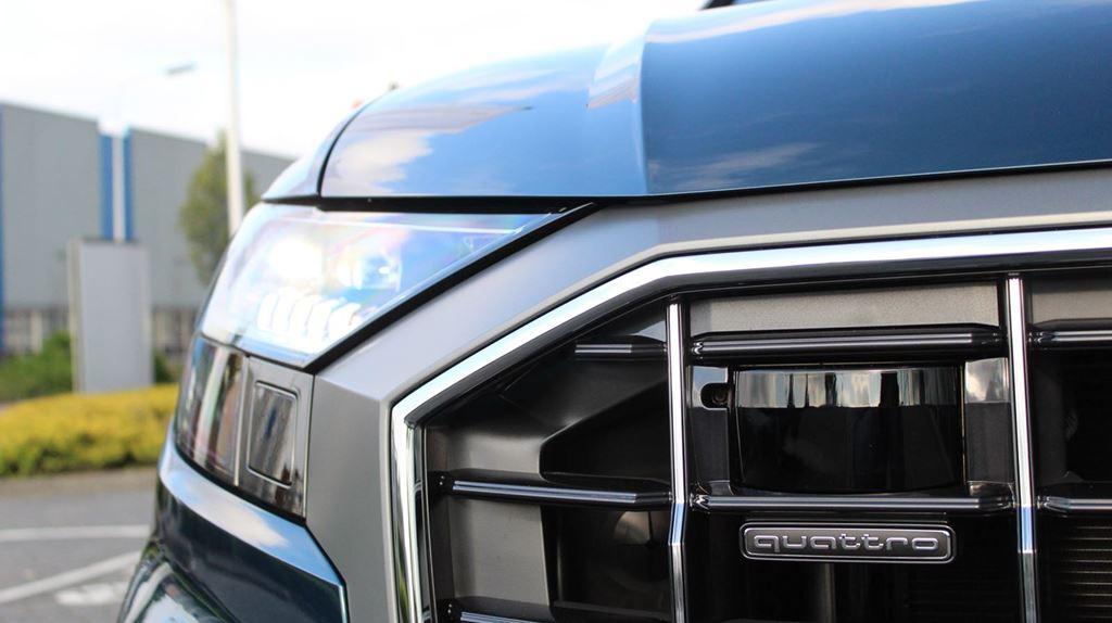 Audi Q8 2018 (13)