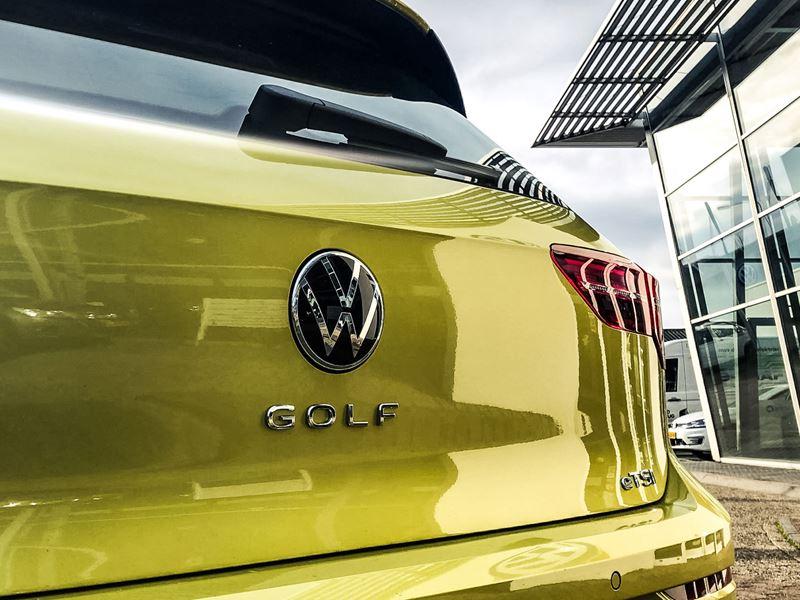 Volkswagen Golf Van Den Brug1