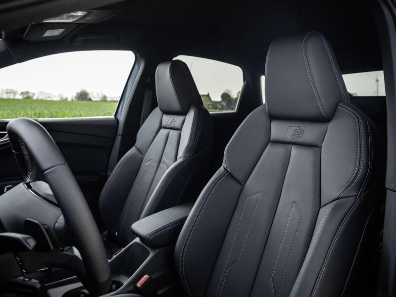 Audiq4sportbacke Tron13 (HD)
