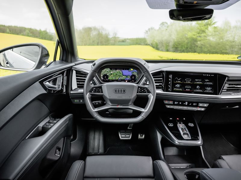 Audiq4sportbacke Tron15 (HD)